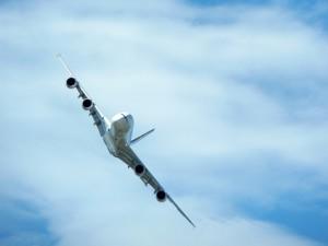 Airbus A380 im Manöver